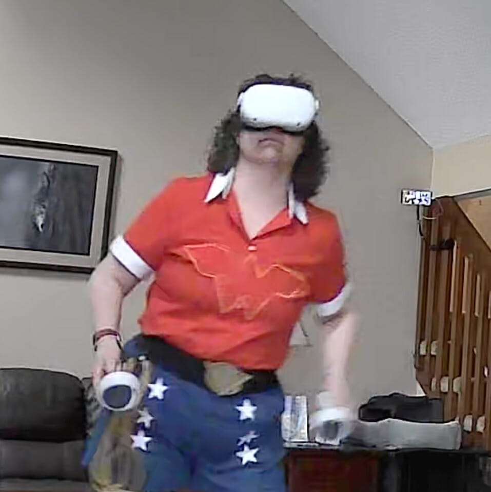 Bombshell Angie Playing Oculus