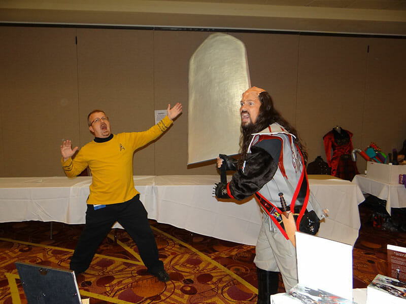 Klingon attacks with Chryslaenor